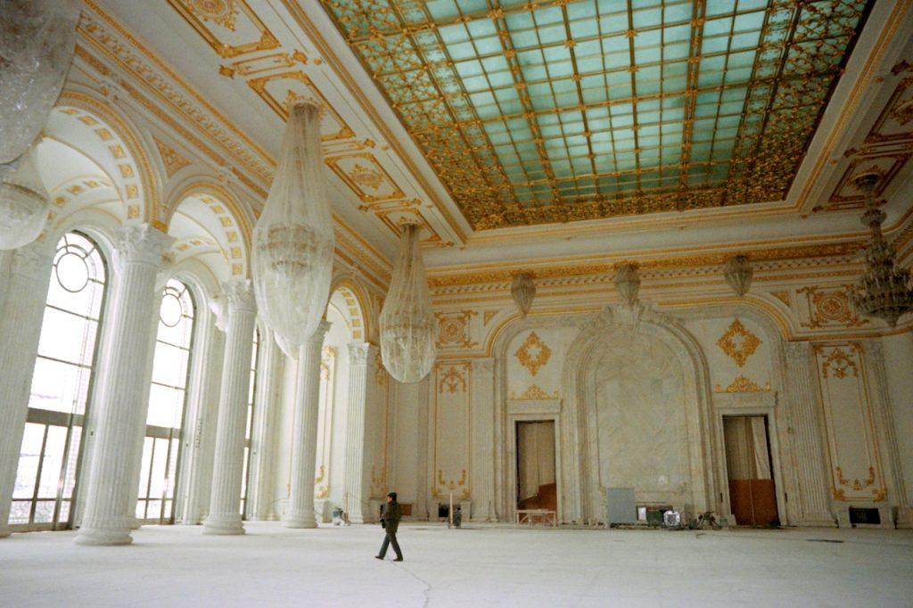 parliament palace romania chamber